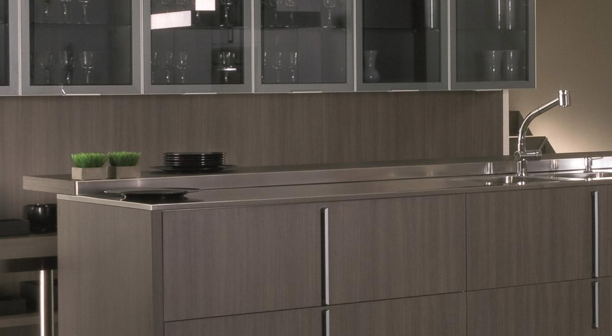 Johnson deco center pilar muebles de cocina mesadas finas for Amoblamientos para lavaderos